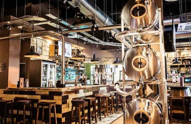 BurningNight pub chain raises over £900k through Crowdstacker Peer to Peer lending.